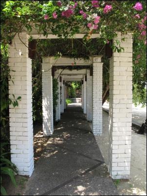 walkway01