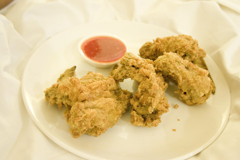 holiday_inn_batam_fried_chicken_wings
