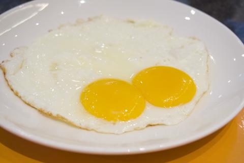 holiday_inn_batam_terrace_cafe_breakfast_02