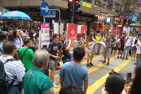 hong-kong-mongkok-02-street-artistes