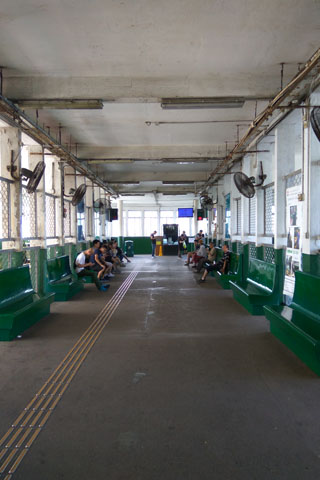 hong-kong-star-ferry-01
